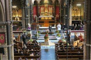 Angelique Zweegers sfeerstylist aankleding kerkdienst begrafenis